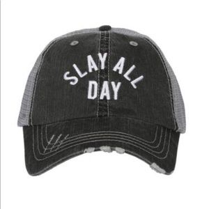 Accessories - NWT slay all day hat